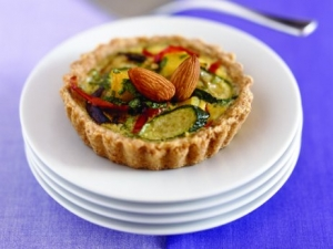 Almond tart with summer vegetables Cake recipe