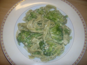 Green pasta with broccoli cream Pasta Bake recipe