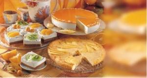 Multivitamincake with lemon cream