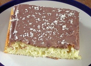 Sheet cake with chocolate cream Sheet Cake recipe