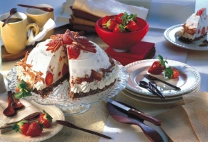 Strawberry cake with chocolate dome floor Strawberry Cake recipe