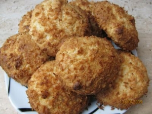 White cream and sour cream and coconut biscuits without egg Biscuits recipe
