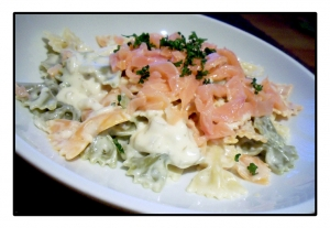 Butterfly pasta with smoked salmon