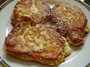 Cottage cheese and apple pancakes