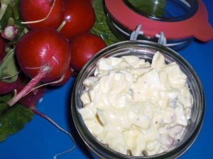 Egg salad with mozzarella