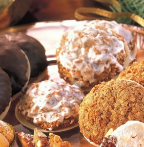 Elisenlebkuchen in a classic way Cookie recipe