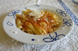 Penne with hot peppers