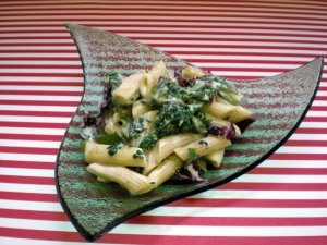 Penne with radicchio and spinach sauce