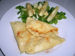 Ravioli with appleleekfilled