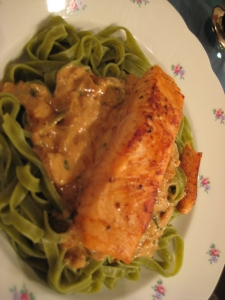 Salmon in tarragon cream sauce spinach noodles