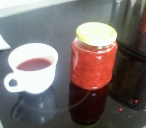 Strawberry rhubarb jam with