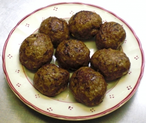 Turkey meatballs with mozzarella stuffing