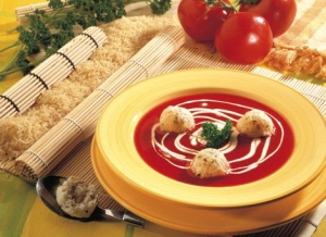 Tomato soup with rice balls