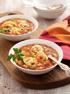 Tortellini minestrone with a mini