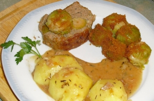 Meatloaf-stuffed-with-sprouts