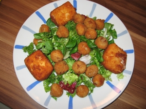 Winter salads with fried mushrooms and fried cheese