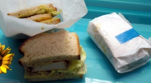 Picnic sandwich with roast turkey curry