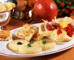 Cheese-Crackers-Bavarian-mountain-cheese-thins-and-Parmesan-wafers-recipe