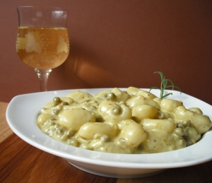Gnocchi With Cheese And Vegetable Sauce