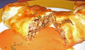 Minced Meat Strudel