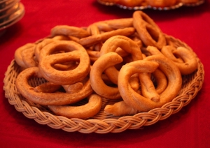 Taralli393939-spicy-dry-baked-goods-from-Puglia-recipe